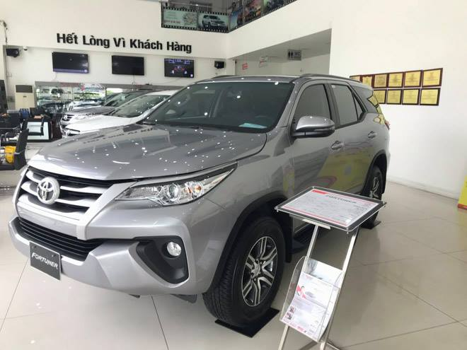 xe toyota fortuner 2019
