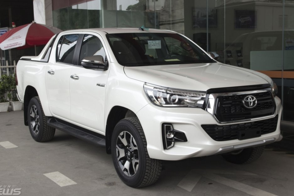 Xe Mới Toyota Hilux 2018 2018 274787 2