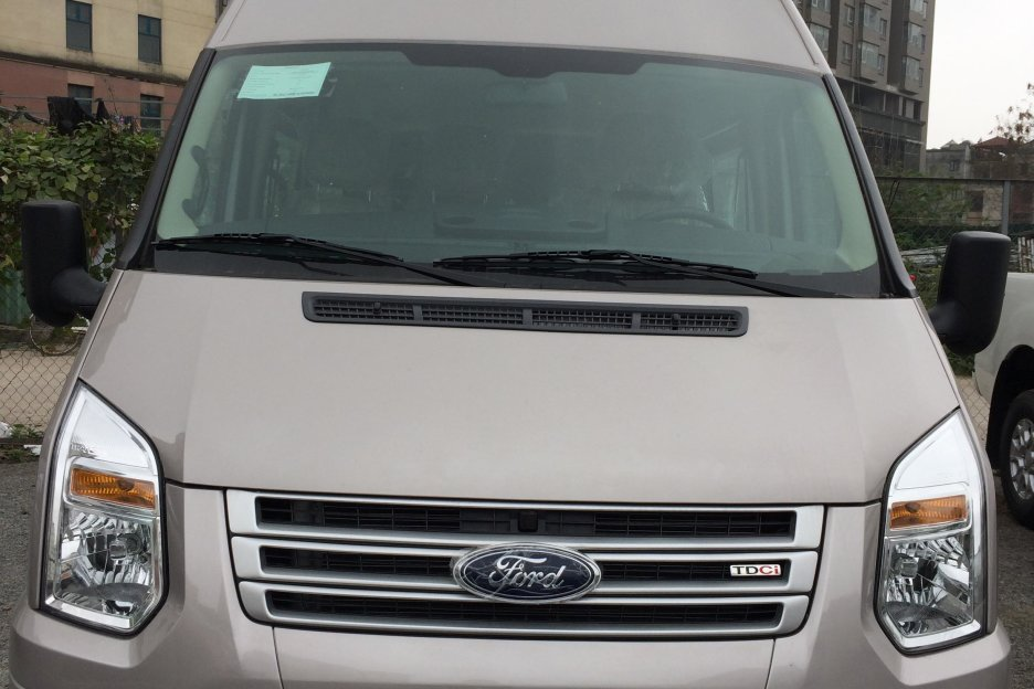 Xe Mới Ford Transit MID 2018 279063 1