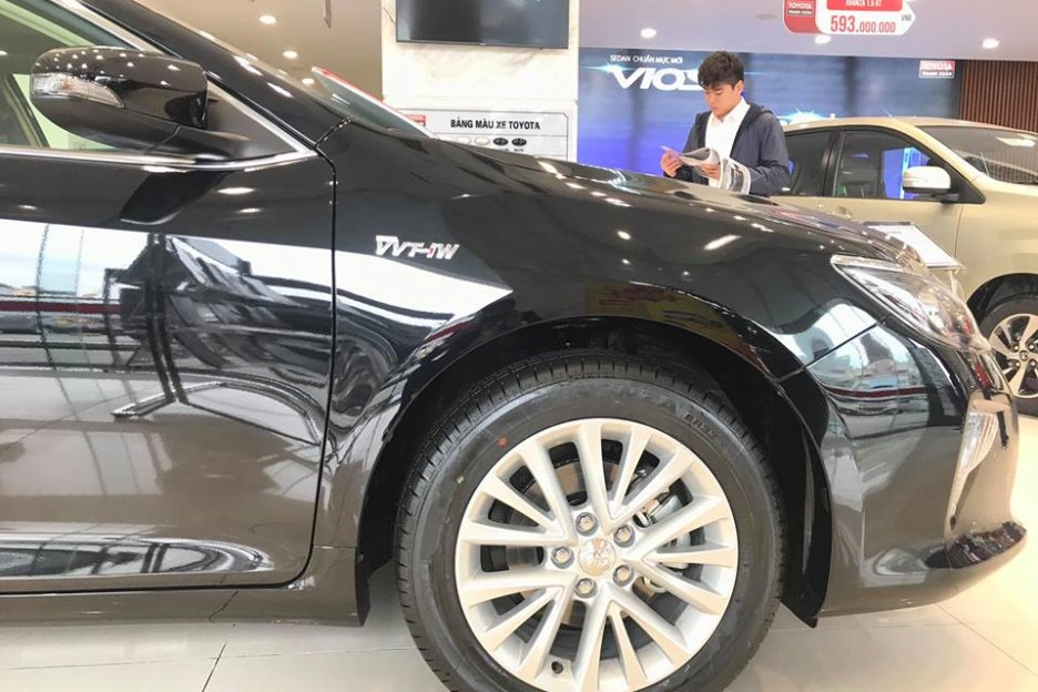 Xe Mới Toyota Camry 2.0E 2019 302608 10
