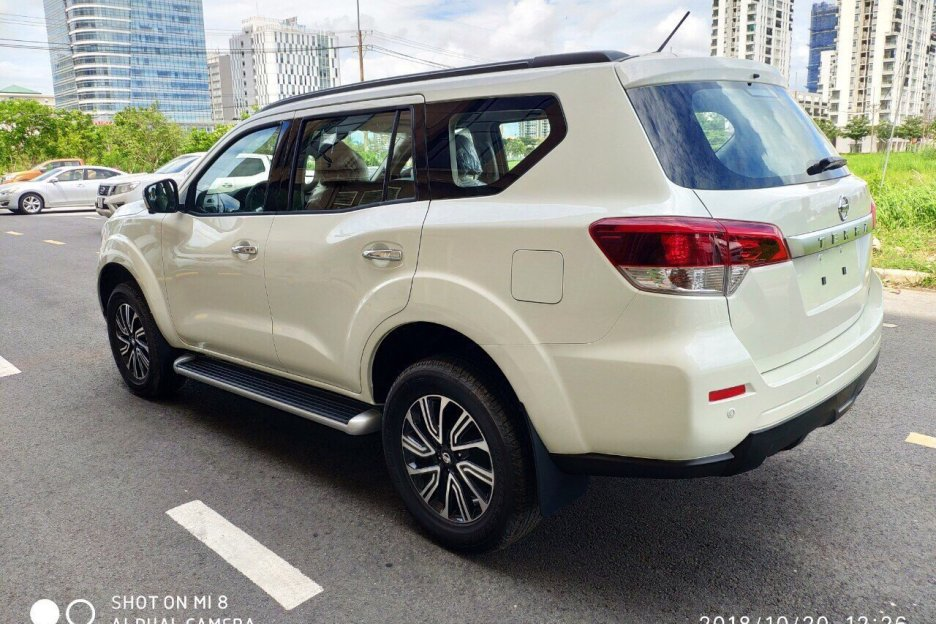 Xe Mới Nissan Terra AT 2019 306791 5