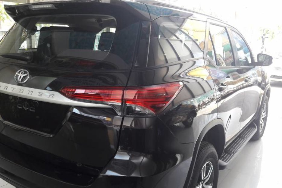 Xe Mới Toyota Fortuner 2.4MT 2019 323573 5