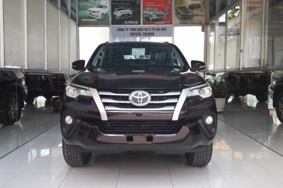 Xe Mới Toyota Fortuner 2.4MT 2019 323573 1