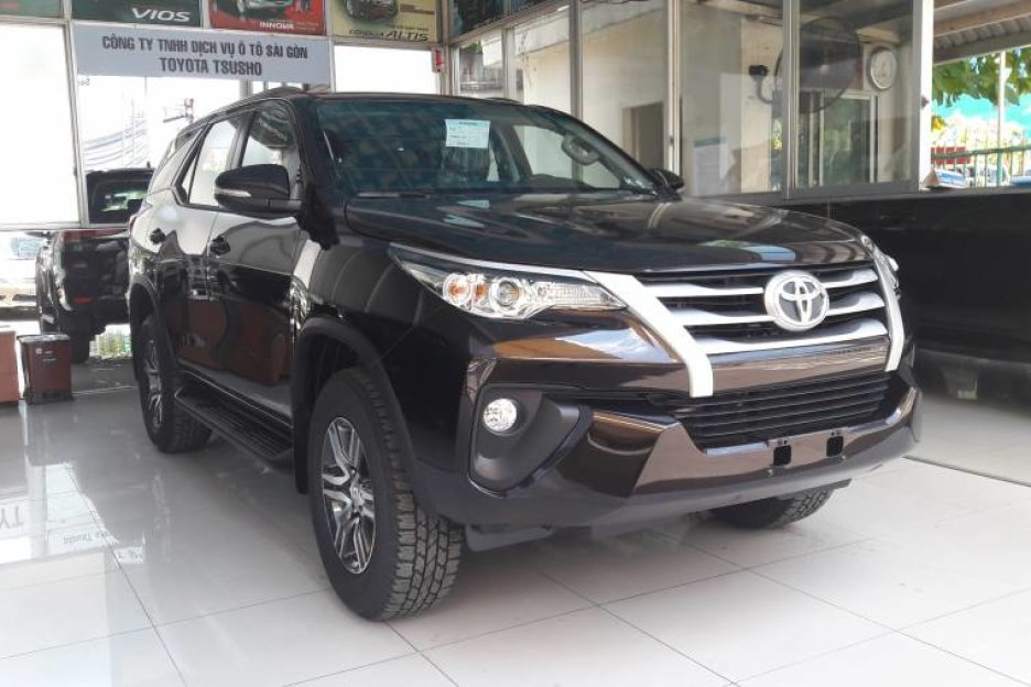 Xe Mới Toyota Fortuner 2.4MT 2019 323573 3