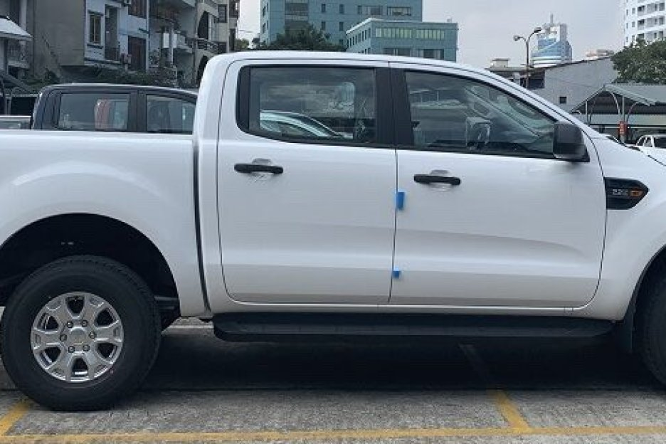 Xe Mới Ford Ranger XLS AT 2021 339144 4